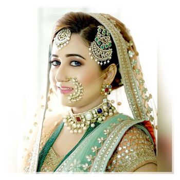 Photo of Elegant bridal jewellery