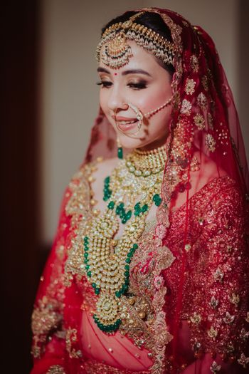 Layered bridal jewellery