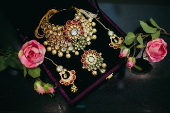 Photo of  Kundan Wedding jewellery with pearls