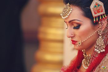 Bridal jewellery with unique jhoomer and false lashes