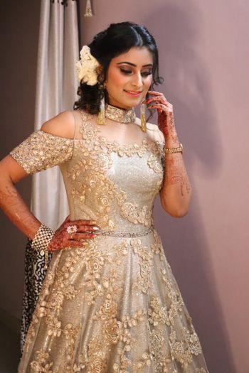 Beautiful makeup on a bride