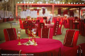 red themed decor