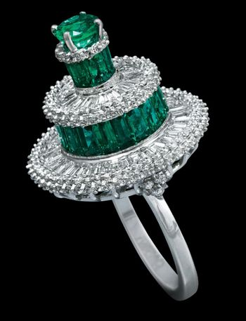 Photo of emerald and diamond cocktail ring