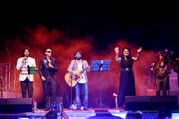 Pritam with band singing at sangeet