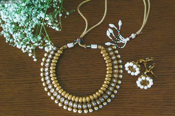 Gold Bridal Jewelry with Pearl Drops