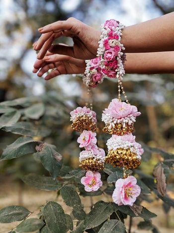 Light pink floral kaleere