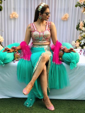 Photo of Indo western mehendi outfit with bustier and skirt