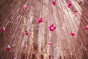 Hanging floral strings decor