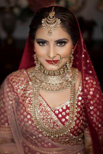 Timeless, stunning bridal portrait