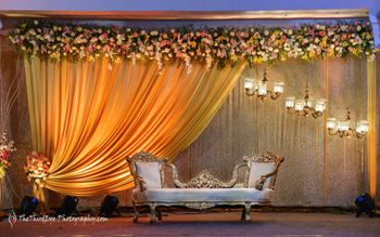 Minimal Floral Stage decor