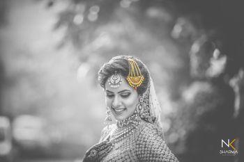 Stunning black and white bridal shot