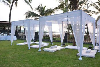 destination wedding decor