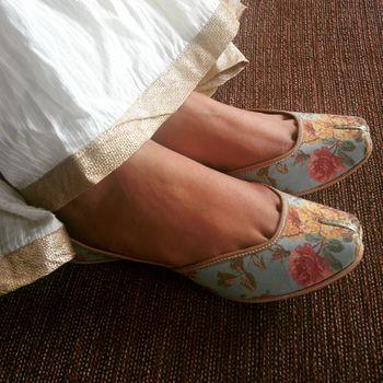 pastel blue juttis