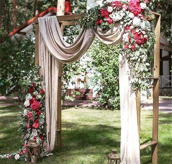 Fairytale engagement entrance decor