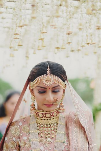 Beautiful bridal jewellery entry shot