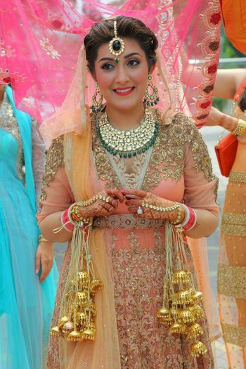 Peach Bride with Green Jewellery