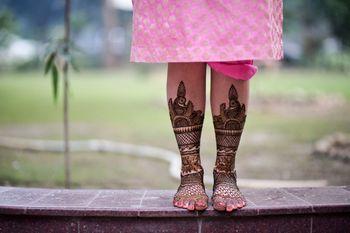 Bridal Feet Mehendi Photography