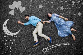 Cute pre-wedding shoot idea
