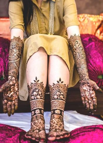 Bridal hands and feet mehendi design