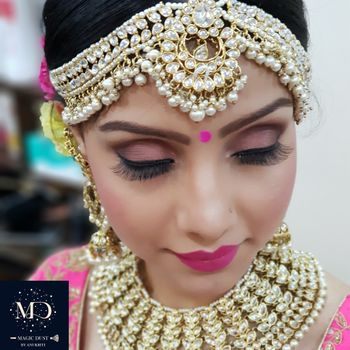 Beautiful bridal pearl mathapatti and necklace for wedding