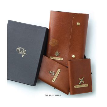 Personalised passport case as favours