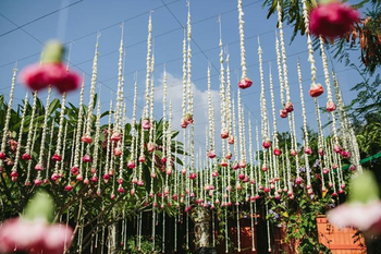 Mogra decor with suspended strings
