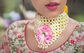 Photo of Floral necklace