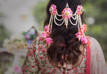 Floral jewellery for mehendi function