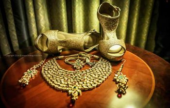 gold shimmer heels