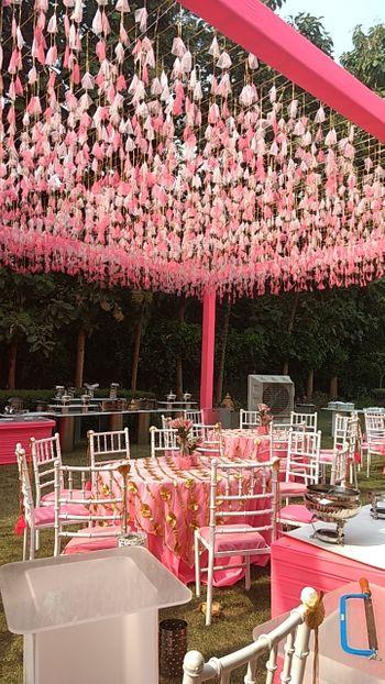 Tasseled decor for a day wedding