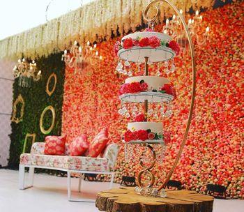3 tier wedding cake hanging