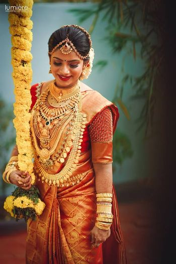 A south Indian bride with gold temple jewellery