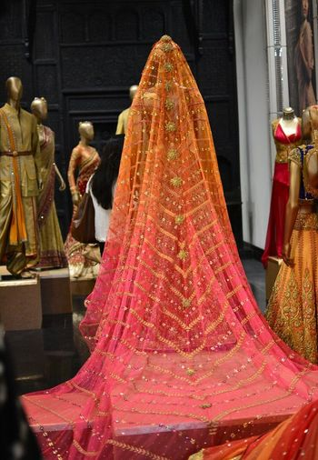 ombre dupatta on bridal lehenga