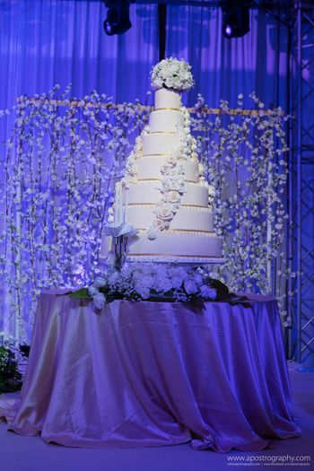 7 Tier White Wedding Cake with Floral Cake Decor