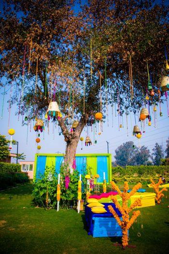 suspended tree decor ideas for mehendi