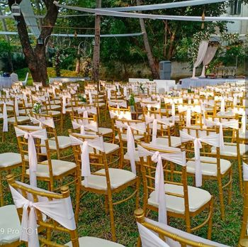 Photo of pretty chairs with white accents