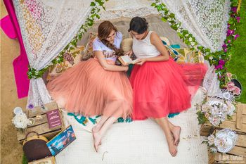 Pre wedding shoot with bridesmaids in glamping theme