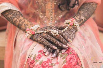 Floral jewellery haath phool