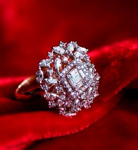 Photo of Vintage engagement ring