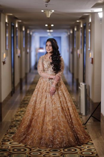 Photo of A stunning floor-length gold gown