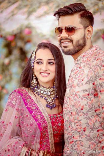 Bride in unique colored jewellery