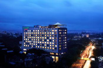 Photo of Courtyard by Marriott Pune City Centre