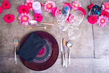 flower theme table settings