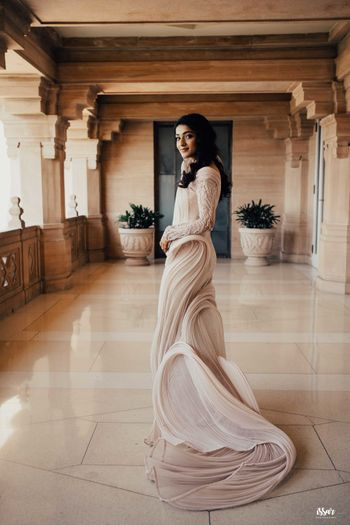 Gorgeous structured gown for cocktail