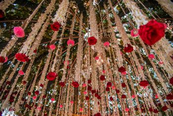 Photo of Hanging floral strings with mogra and roses