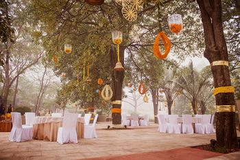 minimal sangeet decor