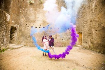 colorful pre-wedding shoot