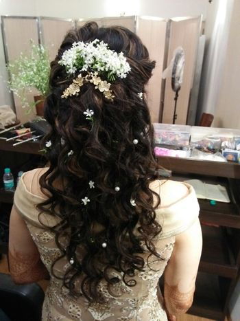 Engagement hairstyles half up half down