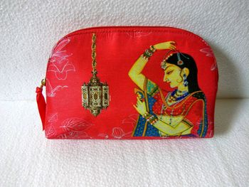 cute mehendi clutches giveaway