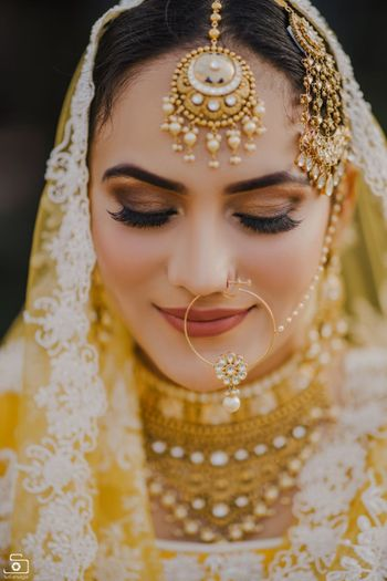 Smokey eye makeup for brides